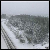 Sierpniowe zdjęcia śniegu w